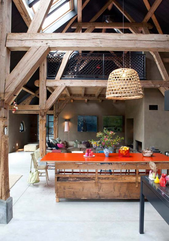 Lovely open & rustic space