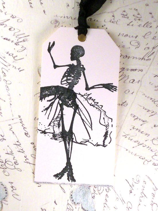 spooky gift tag