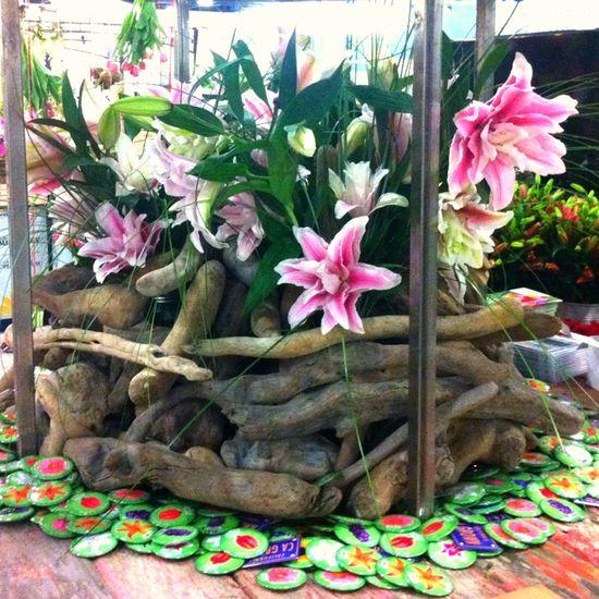 Driftwood Flower arrangement