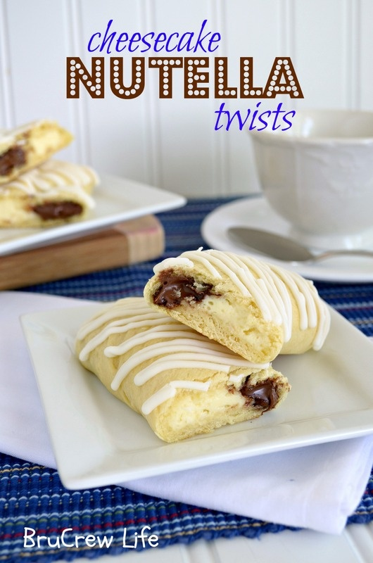 Cheesecake Nutella Twists- very easy breakfast idea using crescent rolls, nutella, and a cream cheese filling.  www.insidebrucrew...    #breakfast #nutella #cheesecake