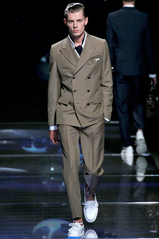 Louis Vuitton Spring 2013 Menswear Taupe Double Breasted #Suit