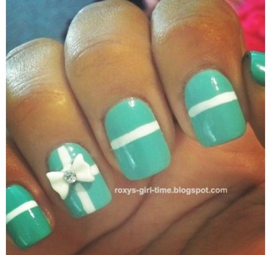 THESE NAILS :D