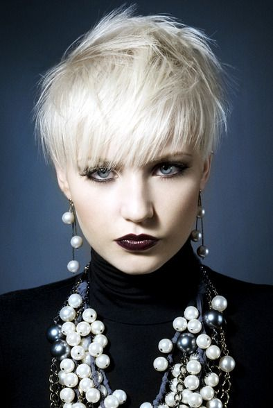 Pearlescent  white short hair