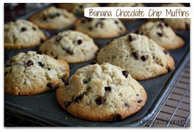 Mommy's Kitchen: Banana Chocolate Chip Muffins