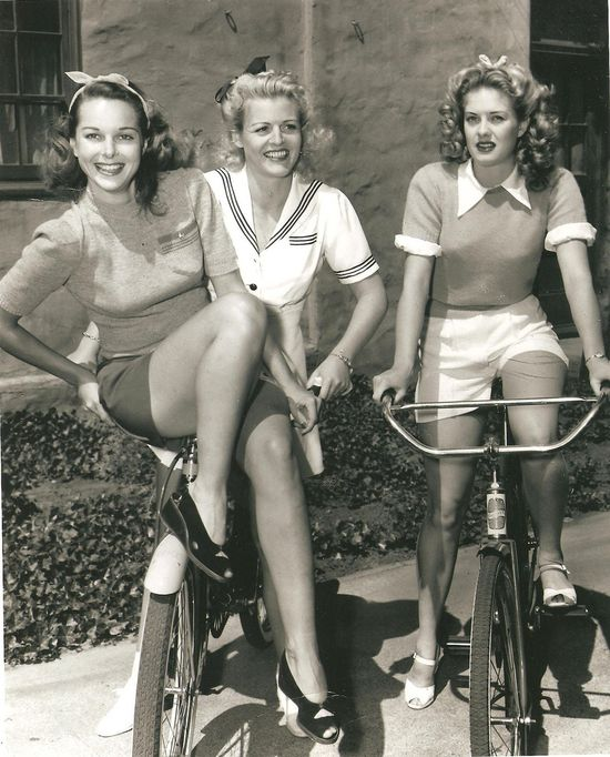 Beautiful hair and adorable outfits for a day of 1940s bike riding. #vintage #bike #bicycle #hair #fashion #1940s