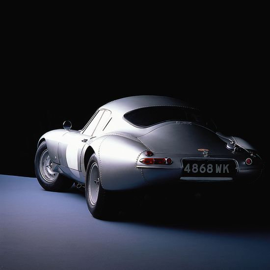 E-Type. A shape like this could have saved the US auto industry about 9 different times. Incomparable!