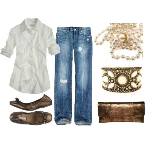 Nothing like jeans, a white shirt and some pearls!