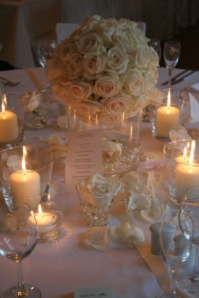Vintage wedding table. Beautiful. Love the flowers as centre piece