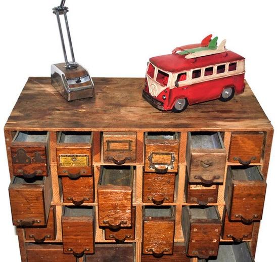 Vintage 1930s Cabinet