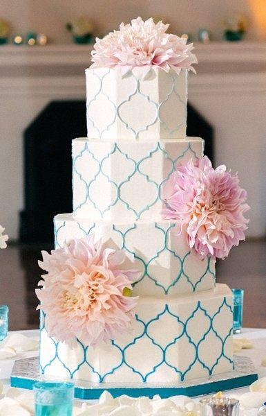 patterned wedding cake {simply sweet cakery} #wedding #cake