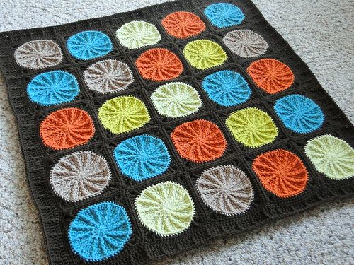 In love with this baby-boy blanket.