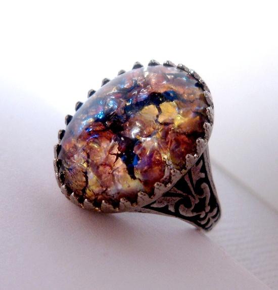 Gold Maroon Glass Slipper Opal Ring ( Etsy :: www.etsy.com/... )