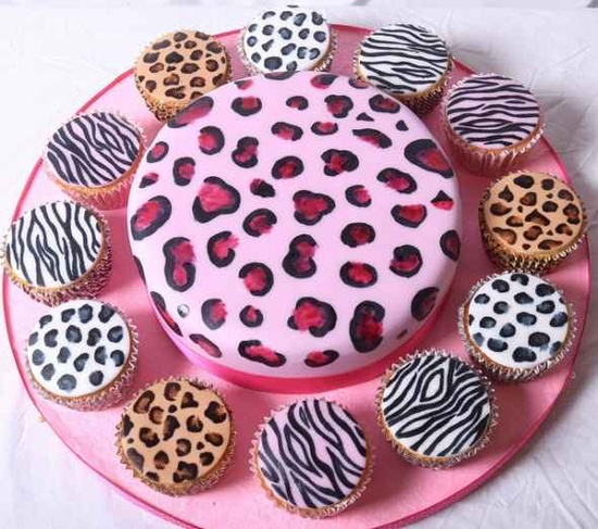 Animal Print Cake and Cupcakes @cotycromwell