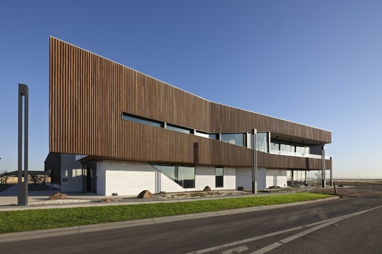 Saltwater Coast Lifestyle Centre / NH Architecture (12)