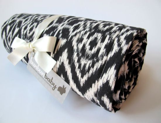 sophisticated baby blanket in black and ivory via etsy