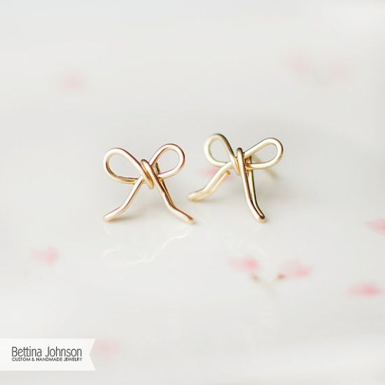Super cute 14k gold filled bow wire earrings. You need a gift for your BFF? Why not this bow earring!