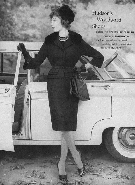 Classically smart, chic, beautiful. #vintage #1950s #fashion #suit
