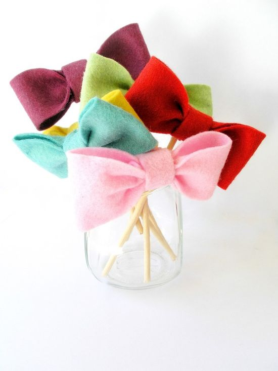 Bow tie cup-cake toppers for carnival party