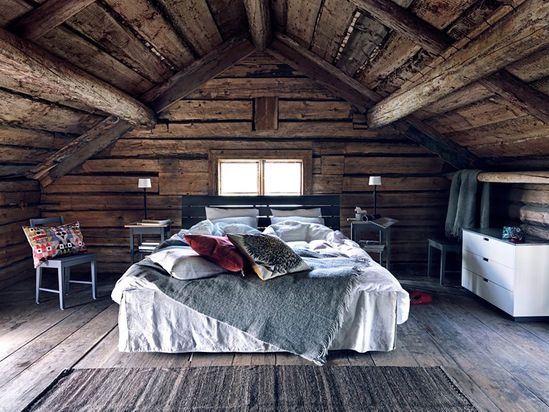 rustic country attic bedroom= my dream.