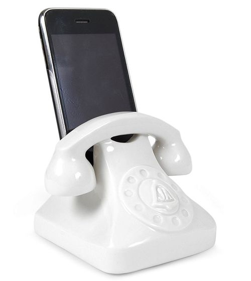 Best iphone doc ever from Jonathan Adler. Would look so cute in my house.