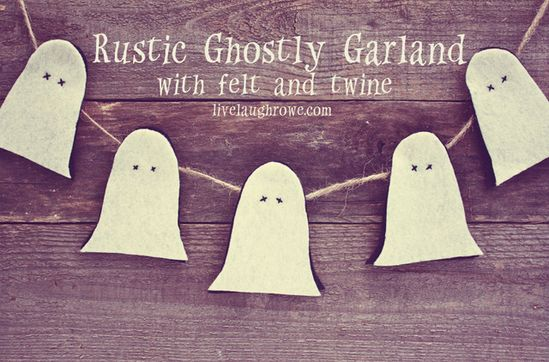Rustic Ghostly Garland via livelaughrowe.com #halloween #diy #tutorial