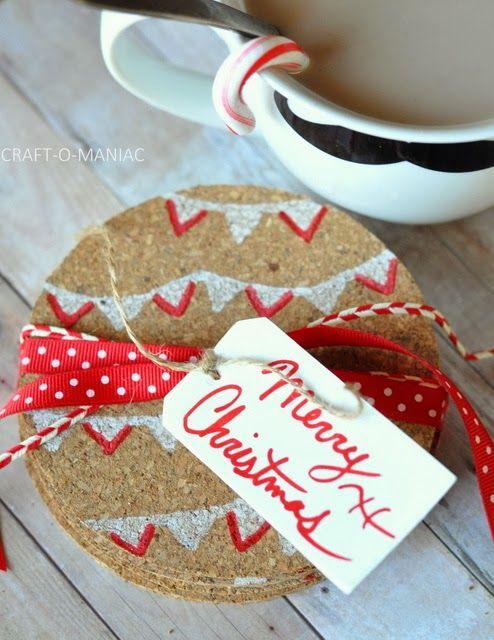 Craft-O-Maniac: Handmade Gift Idea~ Christmas Cork Coasters