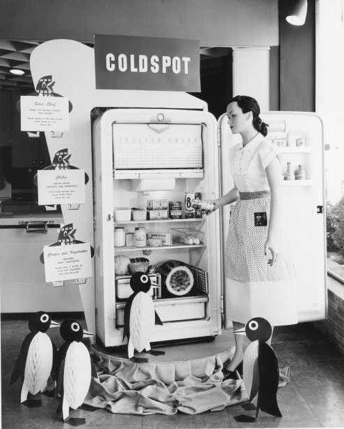 A cuter than cute vintage Coldspot refrigerator display. #vintage #kitchen #fridge #penguins