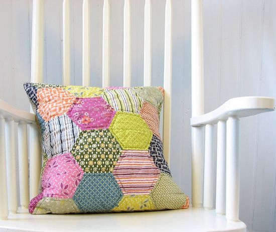 Cool pillow - would love to make one some day.