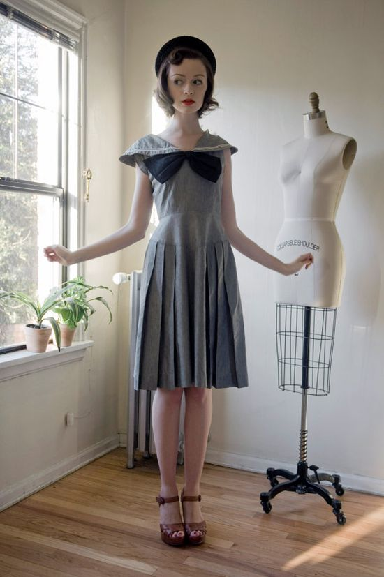 the most pretty dress ever! (via themagiccarousel on etsy) #vintage #1940s #blue #summer #nautical