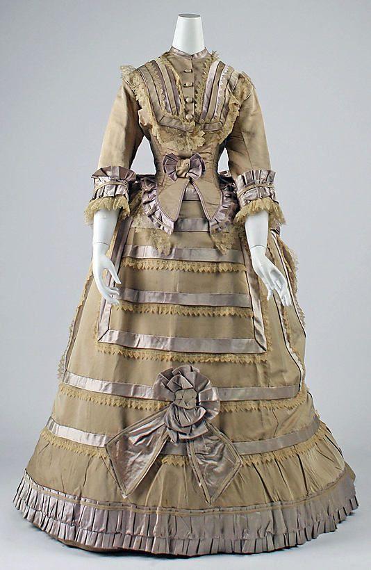 1865-1880 Dress