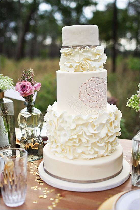 ruffled wedding cake by The Sugar Suite  #weddingcake #wedding #cake