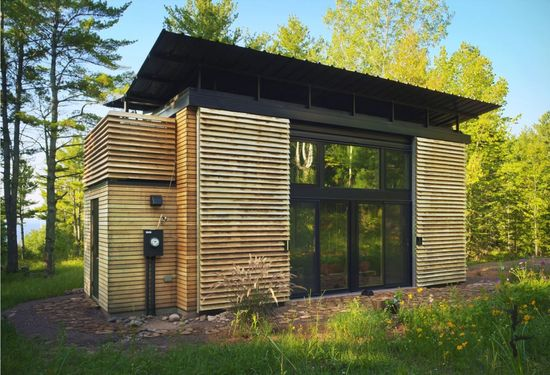 Amazing tiny home with two bedrooms!
