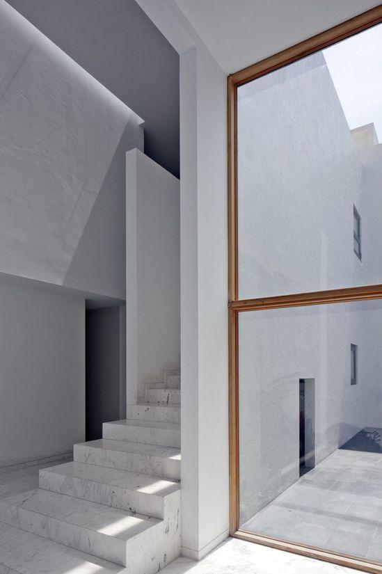 AR #House / Lucio Muniain et al #architecture