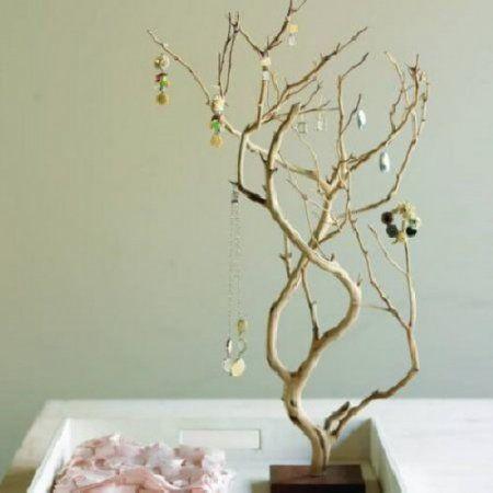 Decoracion con ramas de madera