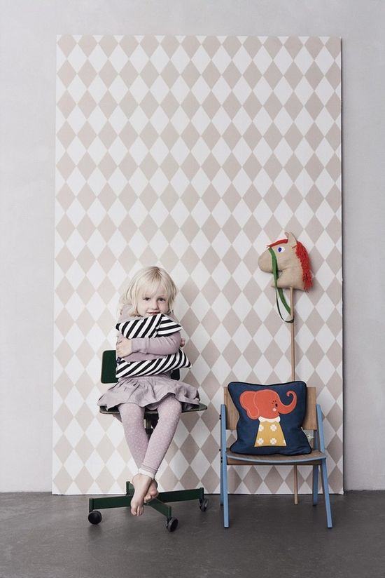 This new wallpaper from Harlequin Rose is just too CUTE! :)