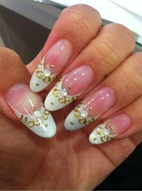 3D Nail art design #nail #unhas #unha #nails #unhasdecoradas #nailart #gorgeous #fashion #stylish #lindo #cool #cute #white #branco