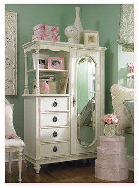white vintage furniture ?