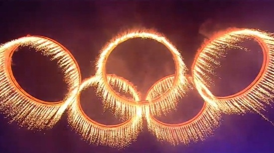 The amazing blazing Olympic rings at London 2012 Opening Ceremony!