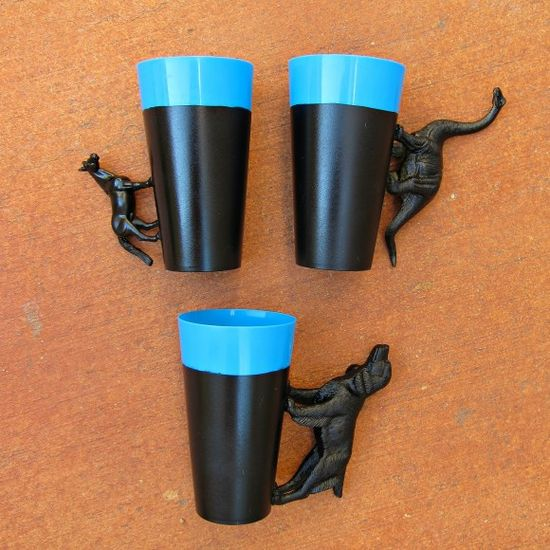 DIY Party Cups - Glue Plastic Animals to Make Handles