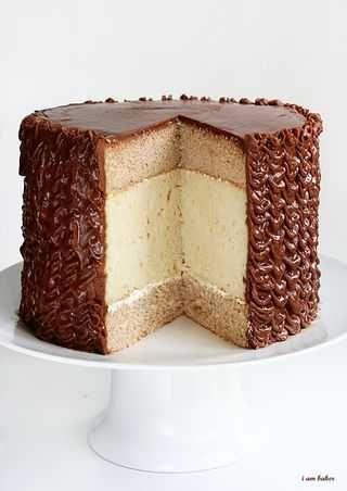 Cinnamon cake white chocolate cake chocolate frosting