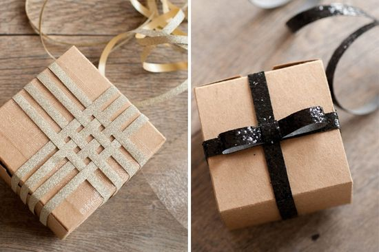 Swooning over these sparkly gift wrap toppers.