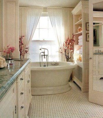 ...such a pretty bathroom!