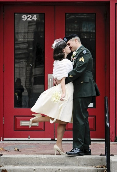 Vintage wedding style! Wow!