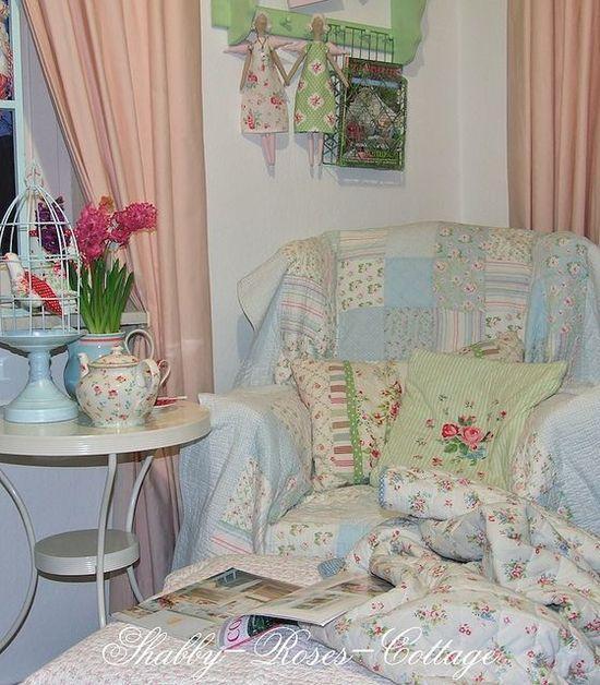shabby shabby love it! - ideasforho.me/... -  #home decor #design #home decor ideas #living room #bedroom #kitchen #bathroom #interior ideas