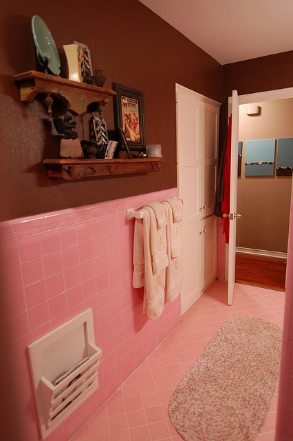 Add brown - Great way to modernize 50's pink bathroom tile without ripping it out