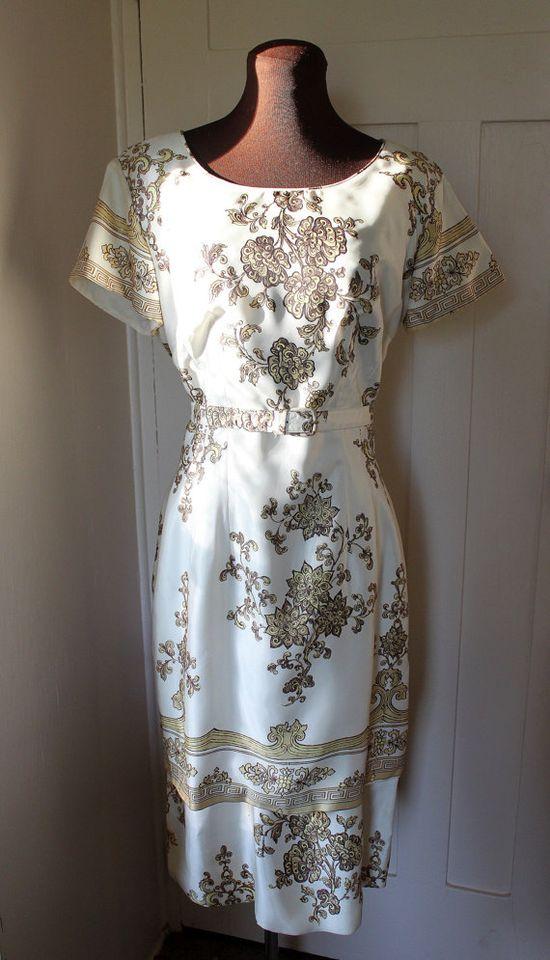 Vintage 1950s - Original Lucinda of California - Oriental Floral Print Cocktail Dress
