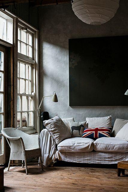 Adriane Strampp / Sean Fennessy via Design Files {eclectic vintage industrial rustic modern living room} by recent settlers, via Flickr