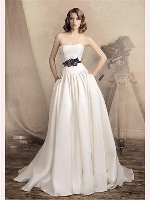 White A Line Strapless Beading Satin 2013 Wedding Dress