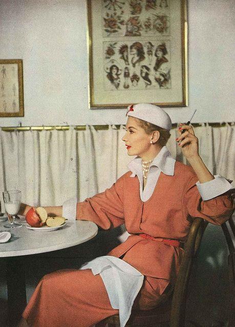 Fashion shot for 'Vogue' magazine, Feb. 1950.