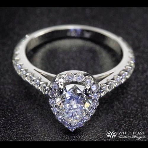 Pear' fect halo - Diamond Delights
